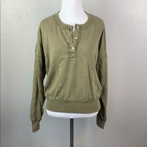American eagle m crop sweater